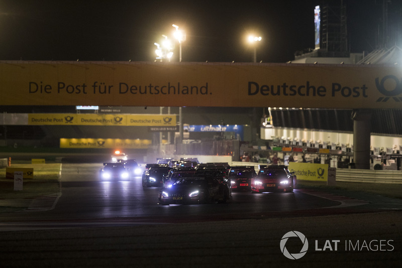 Edoardo Mortara, Mercedes-AMG Team HWA, Mercedes-AMG C63 DTM leads at the start of the race
