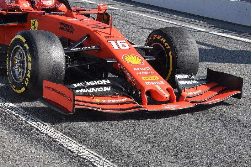 Ferrari SF90, első szárny, részlet