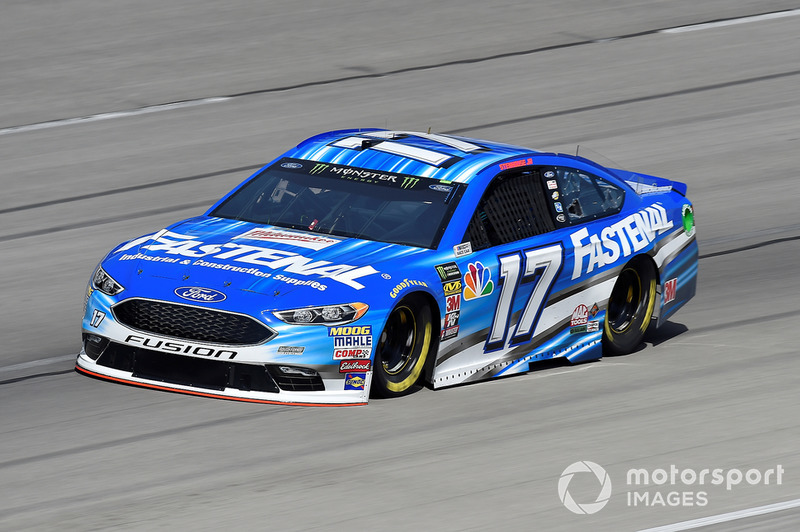 17. Ricky Stenhouse Jr., Roush Fenway Racing, Ford Fusion Fastenal