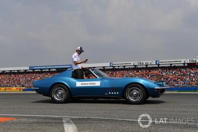 Sergio Perez, Force India, en el desfile de pilotos