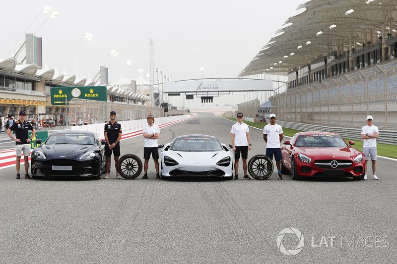 Макс Ферстаппен і Даніель Ріккардо з Aston Martin Vanquish S, Фернандо Алонсо та Стоффель Вандорн з McLaren 720s, Льюіс Хемілтон і Валттері Боттас з Mercedes AMG GTR