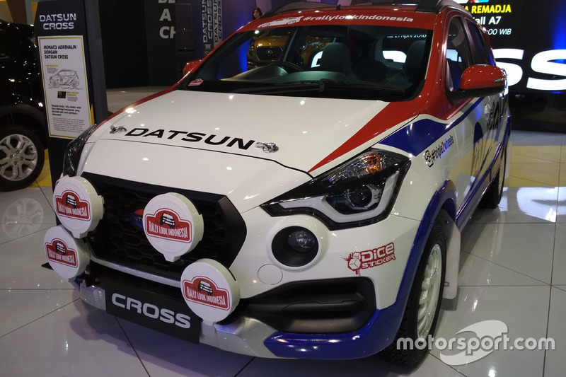 Datsun Cross Rally Look
