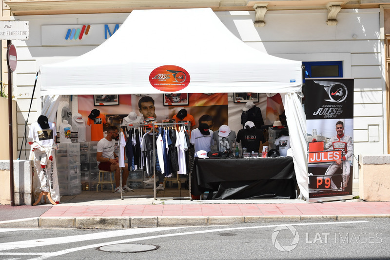 Merchandise of Jules Bianchi association