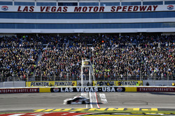 Kevin Harvick, Stewart-Haas Racing, Ford Fusion Jimmy John's wins