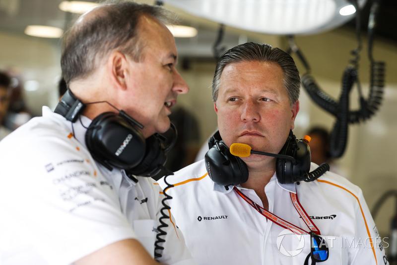 Jonathan Neale, director ejecutivo, McLaren, y Zak Brown, director general, McLaren Technology Group