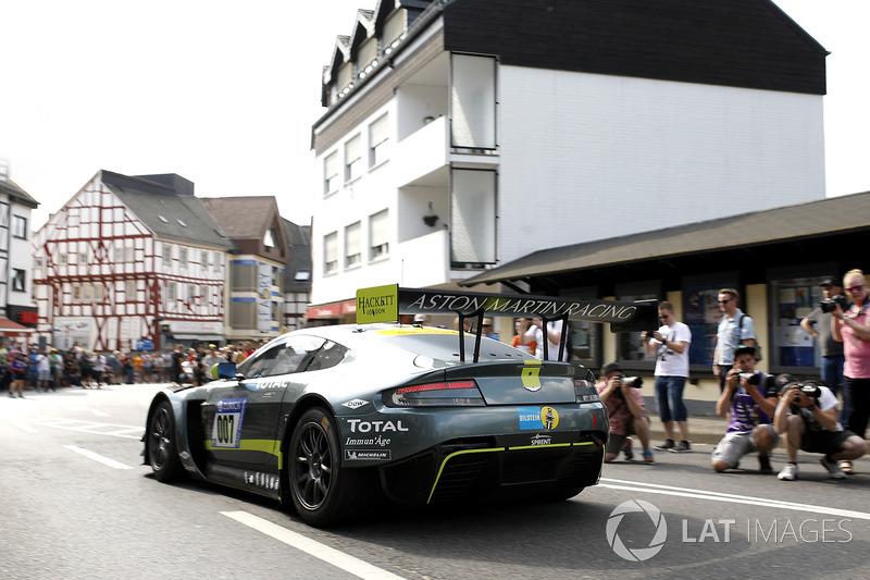 Максим Мартен, Марко Сёренсен, Ники Тим, Даррен Тёрнер, Aston Martin Racing, Aston Martin Vantage GT3 (№007)