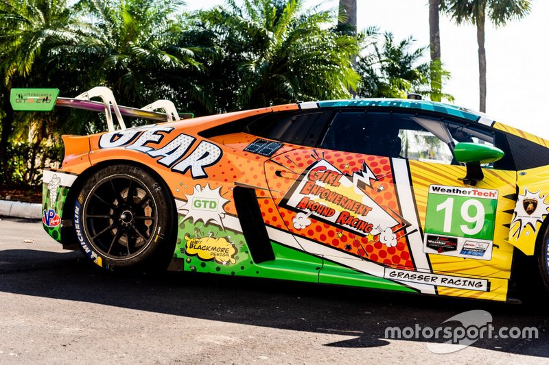 GEAR Racing renk düzeni tanıtımı