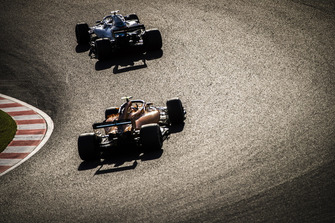Lance Stroll, Williams FW41, leads Stoffel Vandoorne, McLaren MCL33