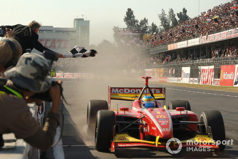 Le vainqueur Sébastien Bourdais, Newman Haas Lanigan Racing