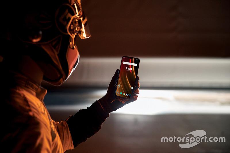 Evento 'Salute to Speed' de McLaren y OnePlus