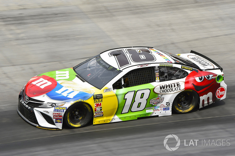 3. Kyle Busch, Joe Gibbs Racing, Toyota Camry M&M's White Chocolate