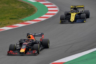 Max Verstappen, Red Bull Racing RB15 and Daniel Ricciardo, Renault F1 Team R.S. 19