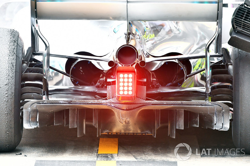 Mercedes-AMG F1 W09 rear and diffuser