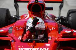 El ganador de la carrera de Brasil Sebastian Vettel, Ferrari