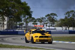 #42 TA Ford Mustang, Ronald Hugate of Phoenix Performance