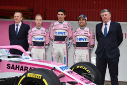 Andrew Green, Sahara Force India F1 Technical Director, Nikita Mazepin, Sahara Force India F1, Esteban Ocon, Sahara Force India F1, Sergio Perez, Sahara Force India and Otmar Szafnauer, Sahara Force India Formula One Team Chief Operating Officer, the new Sahara Force India VJM11