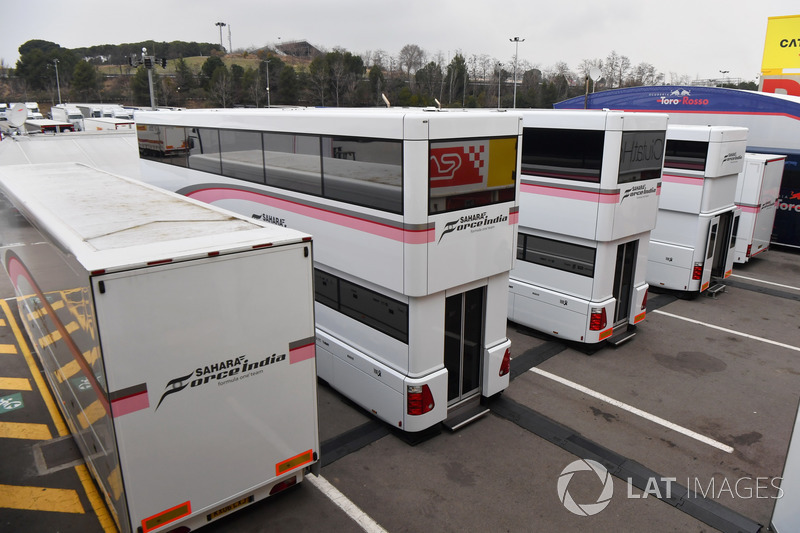 Sahara Force India trucks