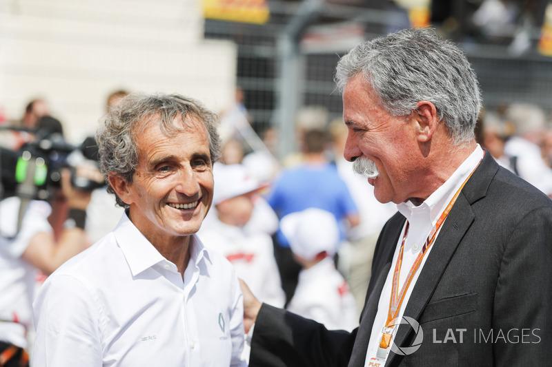 Alain Prost con Chase Carey, CEO de Formula One
