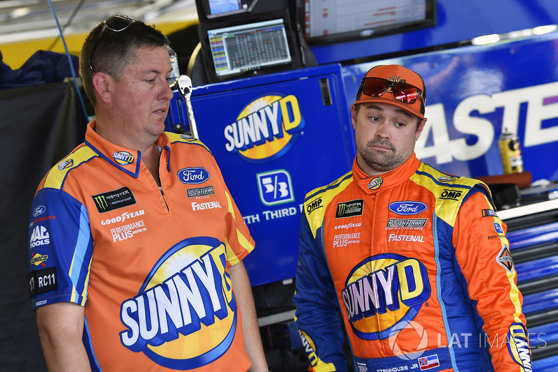 Ricky Stenhouse Jr., Roush Fenway Racing, Ford Fusion SunnyD and Brian Pattie