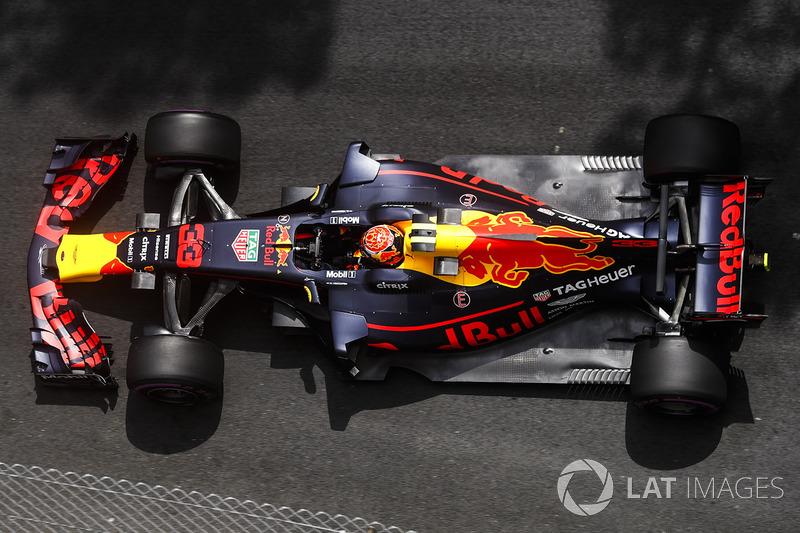 Гран При Монако: Ферстаппен крайне недоволен тем, что напарник опередил его после пит-стопа
