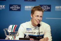 Conférence de presse, Thed Björk, Polestar Cyan Racing, Volvo S60 Polestar TC1