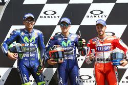MotoGP 2017 Motogp-italian-gp-2017-valentino-rossi-yamaha-factory-racing-polesitter-maverick-vinales-y