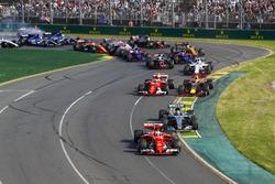 Себастьян Феттель, Ferrari SF70H, Валттери Боттас, Mercedes AMG F1 W08, Кими Райкконен, Ferrari SF70H, Макс Ферстаппен, Red Bull Racing RB13, и другие