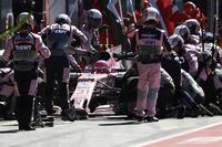 Esteban Ocon, Force India F1 VJM10, Boxenstopp