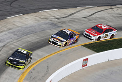 Joey Logano, Team Penske, Ford; Chase Elliott, Hendrick Motorsports, Chevrolet; Ryan Blaney, Wood Brothers Racing, Ford