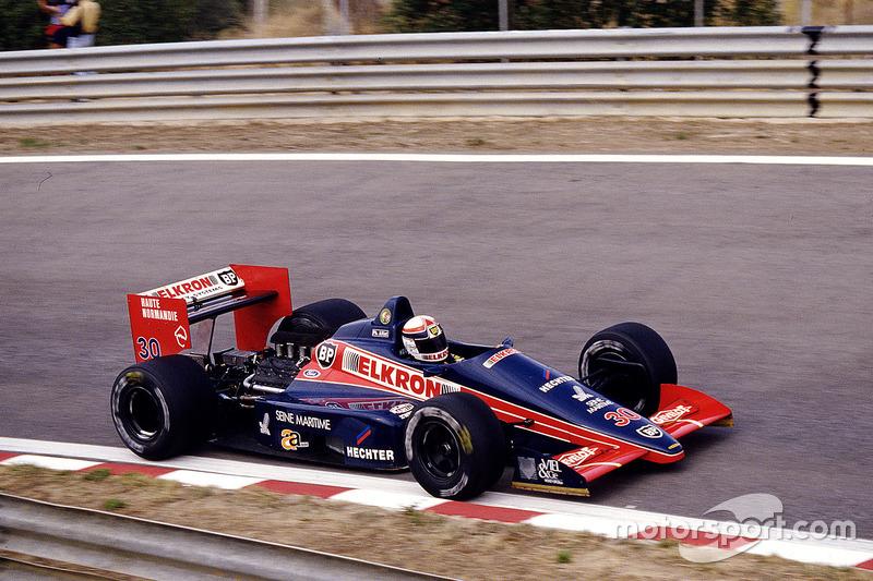 #30: Philippe Alliot, Larrousse/Lola LC87, Ford
