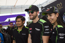 Tom Sykes, Kawasaki Racing with Kawasaki fans