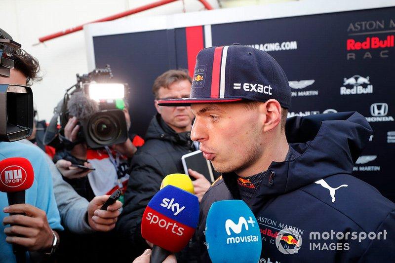 Max Verstappen, Red Bull Racing, parla con i media