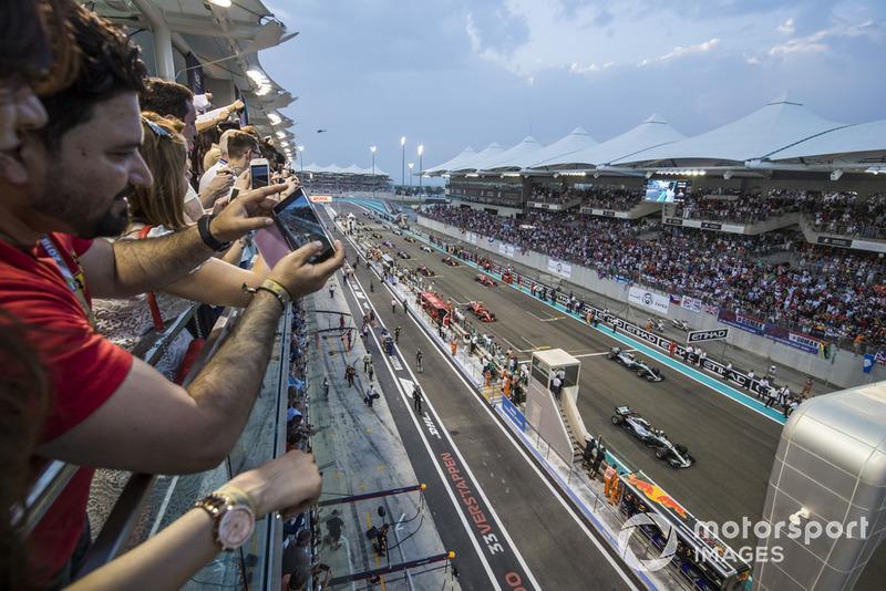 Льюіс Хемілтон, Валттері Боттас, Mercedes AMG F1 W09