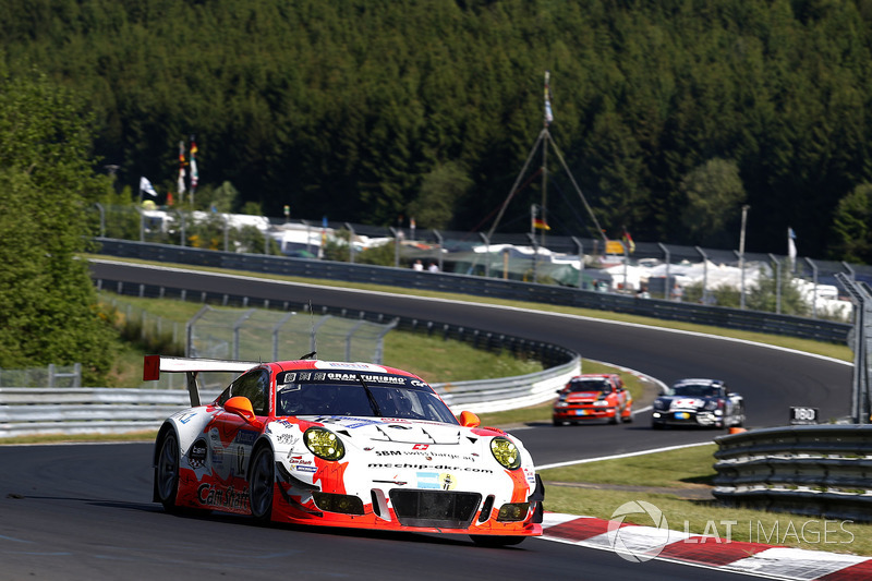 11. #12 Manthey Racing, Porsche 911 GT3 R