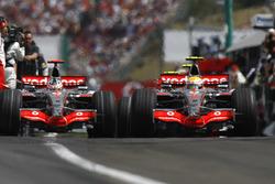 Lewis Hamilton, McLaren MP4-22, Fernando Alonso, McLaren MP4-22