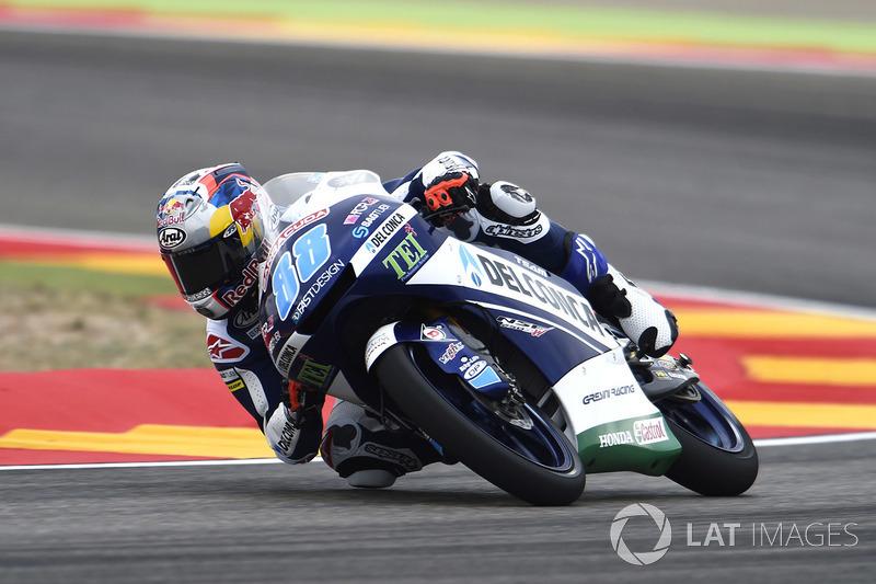 Jorge Martin conquistou sua sétima pole no ano na Moto3. O espanhol ainda caiu no fim da sessão tentando o recorde da pista, mas ainda ficou no primeiro lugar. Líder, Joan Mir sairá de sexto no grid.