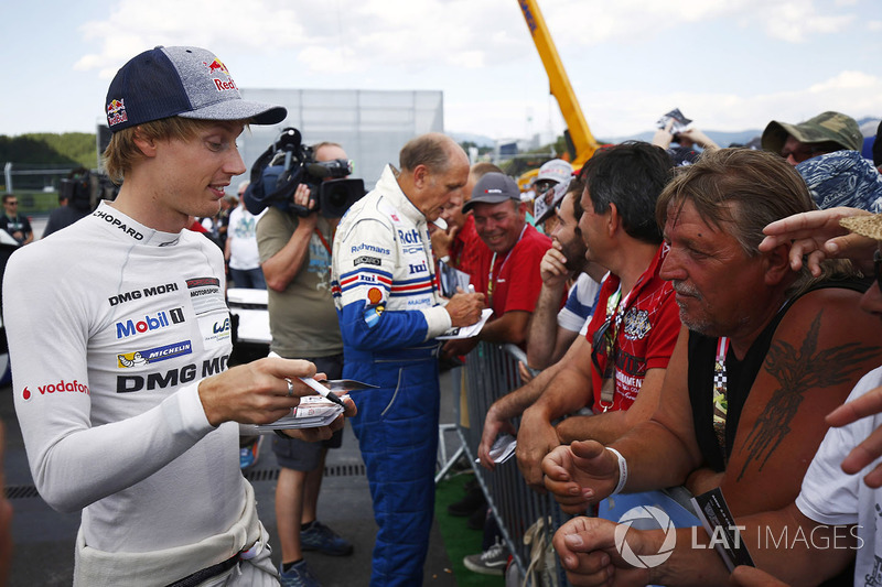 Brendon Hartley, Hans-Joachim Stuck