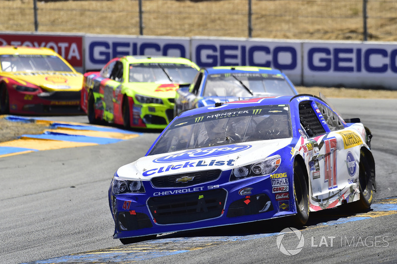 A.J. Allmendinger, JTG Daugherty Racing Chevrolet, Jimmie Johnson, Hendrick Motorsports Chevrolet, D