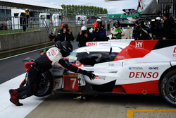 #7 Toyota Gazoo Racing Toyota TS050 Hybrid: Mike Conway, Kamui Kobayashi, Jose Maria Lopez back to the garage