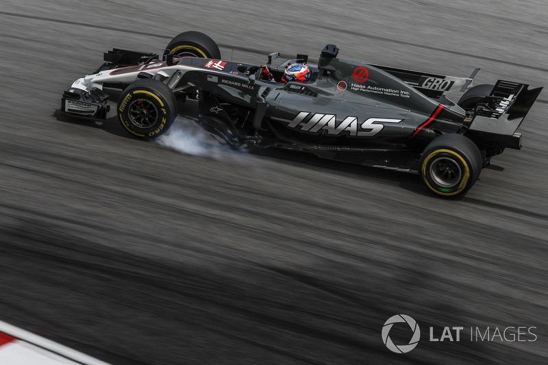 Romain Grosjean, Haas F1 Team VF-17 locks up