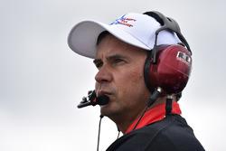 Chris Buescher, JTG Daugherty Racing Chevrolet crew chief Trent Owens