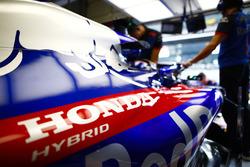 Logo Honda sulla monoposto di Brendon Hartley, Toro Rosso STR13