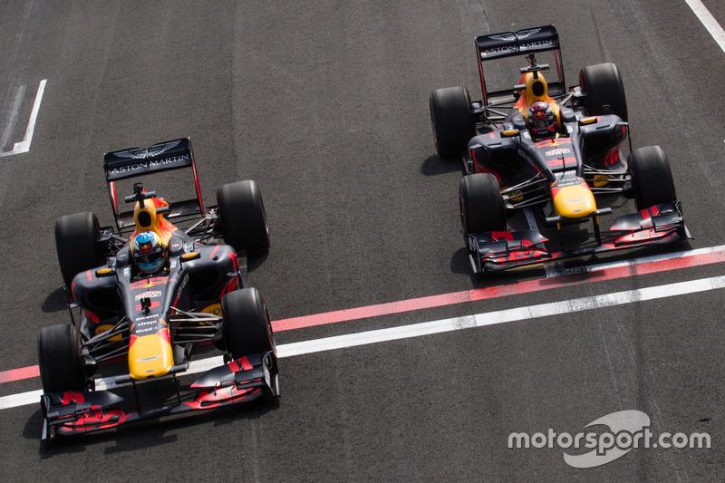 Daniel Ricciardo, RB7, Max Verstappen, RB8