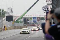Damalı bayrak: Yarış galibi Edoardo Mortara, Mercedes-AMG Team Driving Academy, Mercedes - AMG GT3