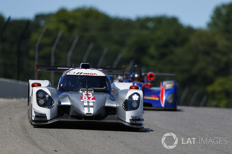 #87, Five Miles Out Racing, Norma M30, LMP3: Hanna Zellers, Jay Howard