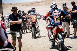 #14 Monster Energy Honda Team Honda: Michael Metge, #19 Red Bull KTM Factory Racing KTM: Antoine Meo