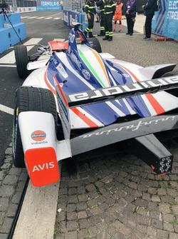 سيارة فيليكس روزينكفيست، ماهيندرا ريسينغ