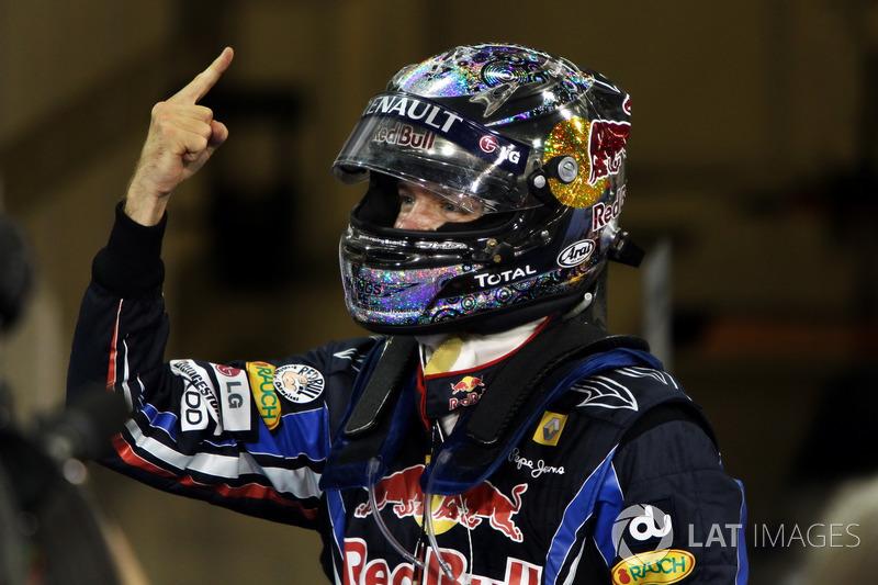 В ранге действующего чемпиона в Бахрейн готовился приехать Себастьян Феттель. В 2010 году немец завоевал свой первый чемпионский титул, переиграв в финальной гонке того сезона Льюиса Хэмилтона, Марка Уэббера и Фернандо Алонсо