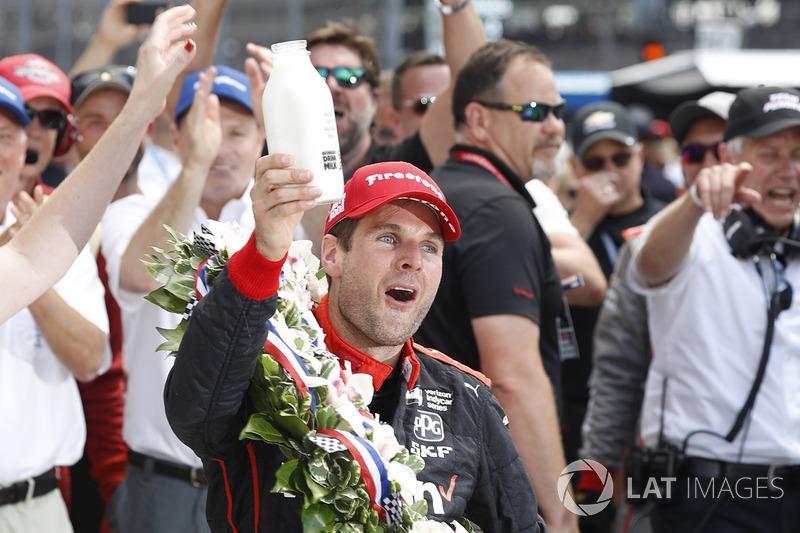 Ganador de la carrera Will Power, Team Penske Chevrolet