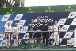 Podium LMP3: race winners Thomas Laurent, Alexandre Cougnaud, DC Racing, second place Martin Brundle, Christian England, United Autosports, third place John Falb, Graff